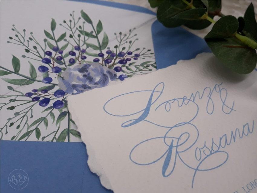 Partecipazioni-autunnali-azzurro-eleganti-scritte-a-mano-calligrafiche
