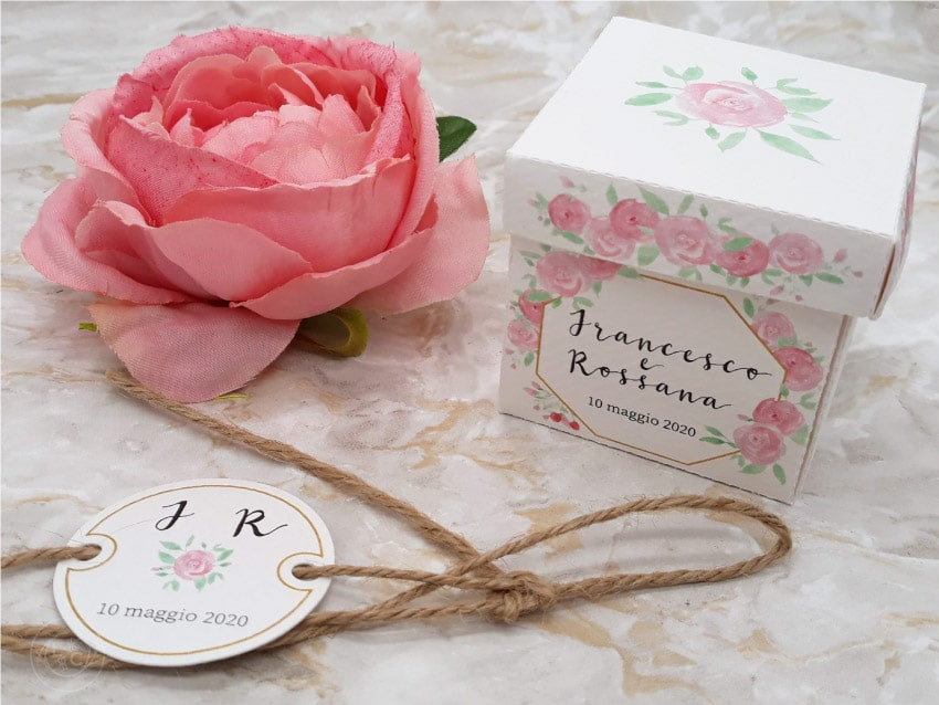 etichette-e-scatoline-bomboniere-personalizzate-matrimonio fiori