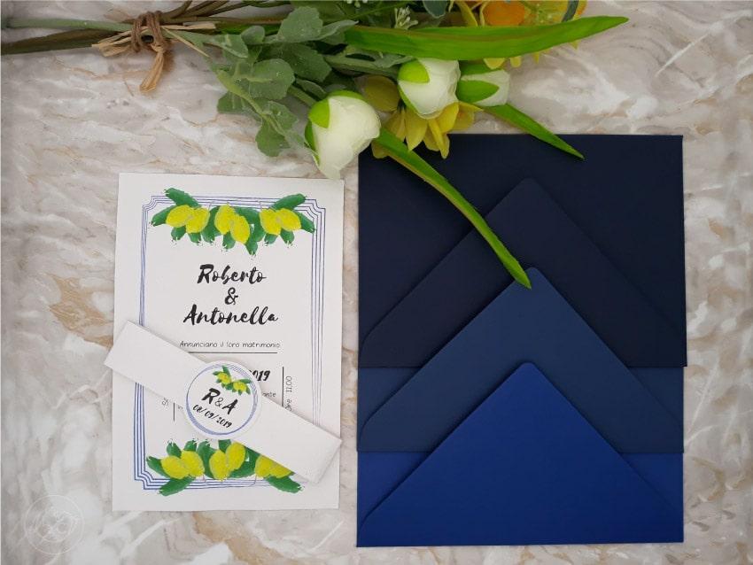 partecipazione-limoni-con-buste-blu-per-nozze-logo