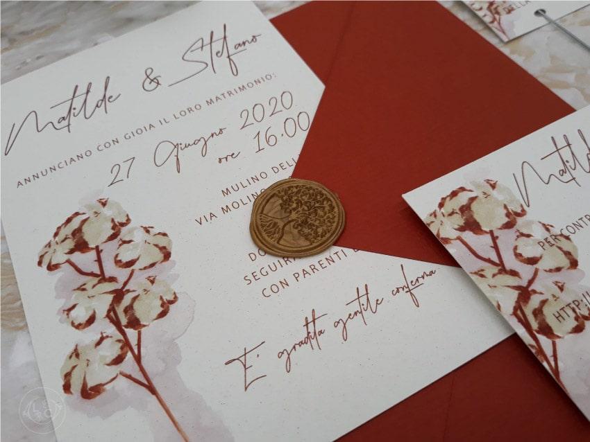 partecipazioni-matrimonio-acquerello-ceralacca-con-fiori-cotone-moderne