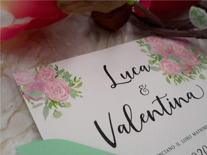 partecipazioni-nozze-floreali-con-busta-colorata-personalizzate