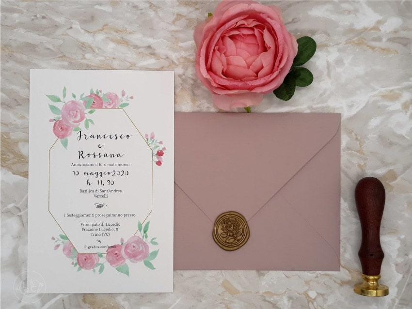 partecipazioni-rosa-antico-ceralacca-con-fiori-eleganti