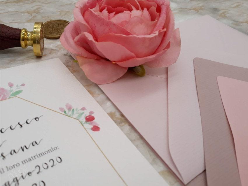 partecipazioni-rosa-cipria-antico-buste-colorate-fiori-