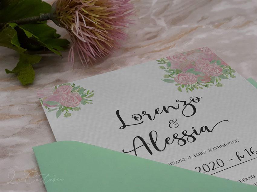Partecipazione-con-rose-fiori-rosa-chiaro-dettaglio--Le-Cartasie